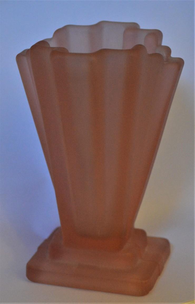 Art Deco glassware KT (10d).JPG