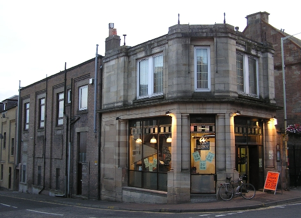 Former Crieff cinema (1924) Church Street, erected in 1924 - image courtesy of Harry Rigby